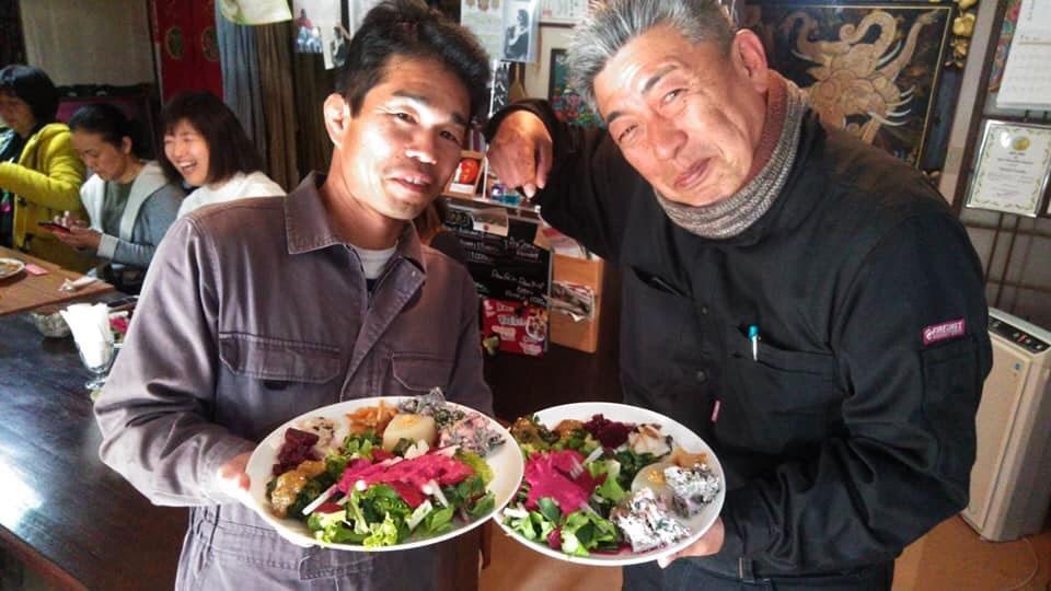 企画を行った甲斐さん(左)と黒木さん