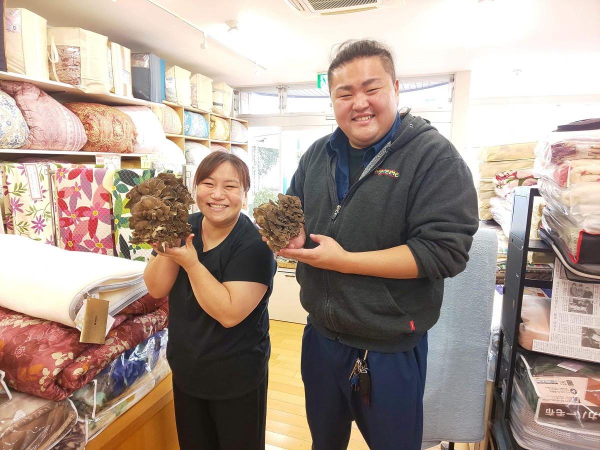 ファイナリストに選出された松田陽子さん(左)と鈴木宏明さん
