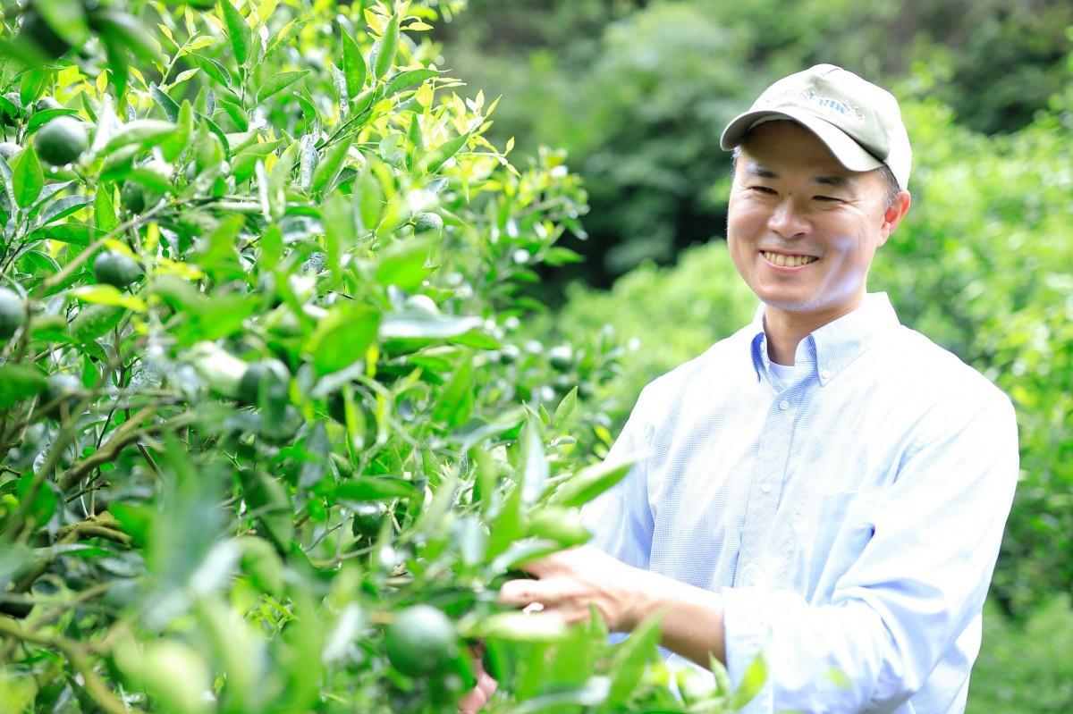 9年前に東京から宮崎に移住した「熊野農園」の熊野さん