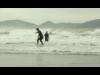 宮崎・日向で「サーフィン体験ツアー」 広島在住の「おじさん」が参加