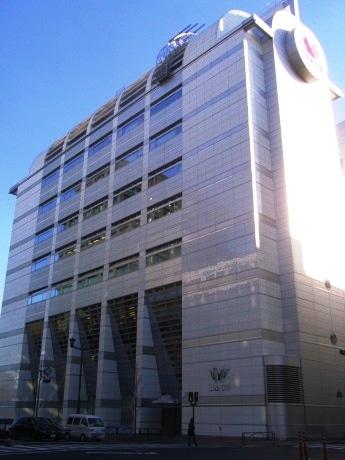 来月、女性ランナー向け施設を併設した直営店がオープンするワコール麹町ビル。