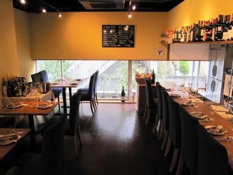 「家とは違う空間で家のようにくつろげる店」をコンセプトにしたイタリアンレストラン「il Campo(イル カンポ)」の店内。
