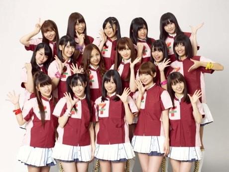 セブン-イレブンと「AKB48」の初コラボ企画がスタート。メンバーがプロデュースしたオリジナル商品を3週連続で発売する。