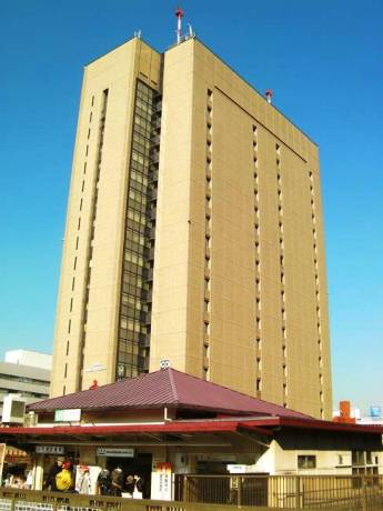 JR飯田橋駅直結の東京セントラルユースホステル