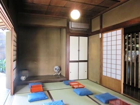 改修・補強工事を終え再オープンする神楽坂の古民家居酒屋「カド」