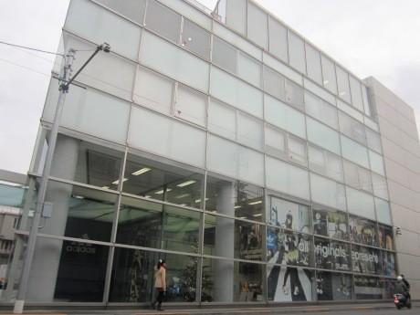 神楽坂から六本木1丁目へ間もなく移転するアディダス ジャパン本社
