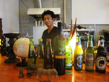 神楽坂のアフリカ料理店「トライブス」がカフェバーに業態を変えて四谷荒木町に移転オープン