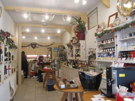 神楽坂にオープンしたイタリア食材を中心としたアンテナショップ「Dolce Vita」店内の様子