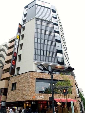 10店舗の飲食店が集積する「GEMS市ヶ谷」