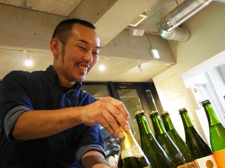 「日本ワインに惚れ込んでいる」という村田敏範オーナーシェフ