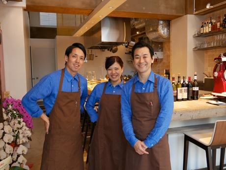 左から猪狩春樹さん、屋慶名祥子さん、榎本慎也さん