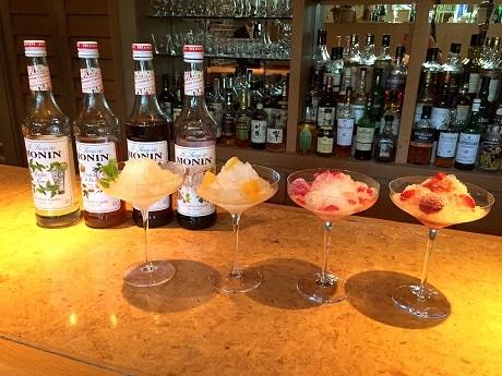 神楽坂・アグネスホテル東京のカフェ&バー「オントレ・アー」で提供している「シャンパンかき氷」