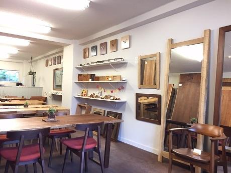 奥神楽坂にオープンした家具工房「アクロージュ ファニチャー」のショップ兼ショールーム