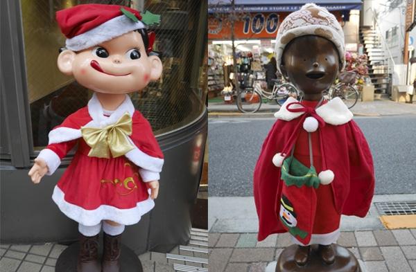 クリスマス衣装に身を包むペコちゃんとコボちゃん