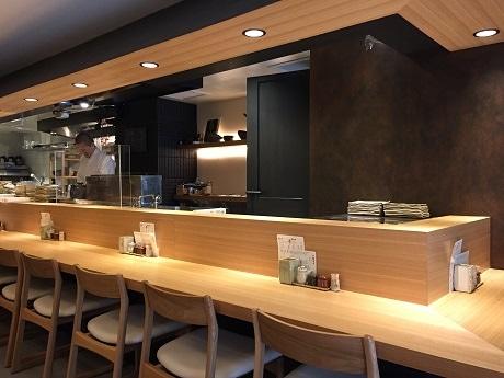 神楽坂の焼き鳥店「鳥伸」、地蔵坂に移転増床 客席数3倍に