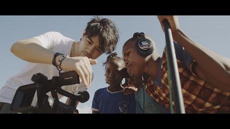 JICA市ヶ谷ビルで「斎藤工のマダガスカル写真展~いつか世界を変える力になる~」が開催される