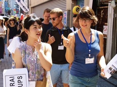 神楽坂で訪日外国人向け日本文化体験イベント「神楽坂夏祭り」を開催(画像=過去開催のツアーイベントの様子)
