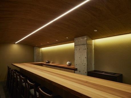 日本酒バーの営業を開始した和食店「ふしきの」