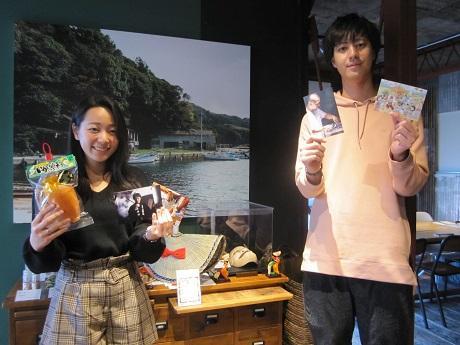 神楽坂・離島キッチンで法政大学生による「佐渡島フェア」をが始まった(写真=プロジェクトメンバーの下池さんと横井さん)