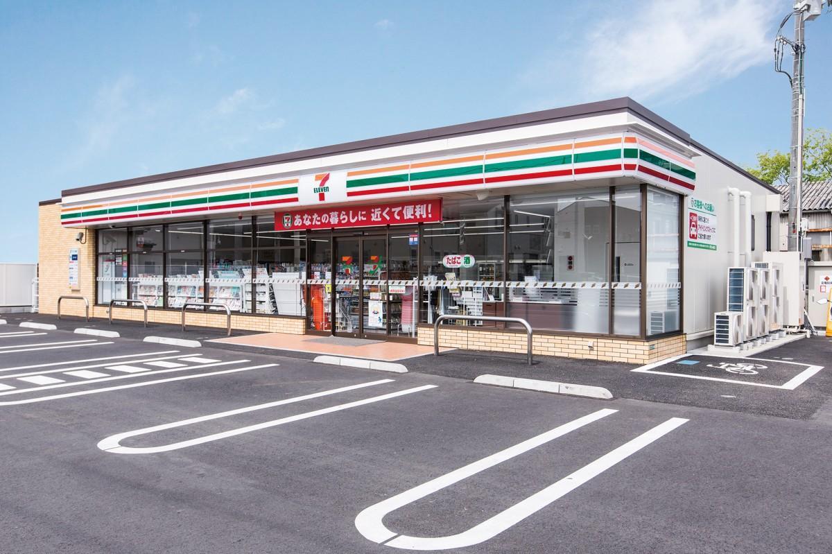 セブン-イレブンが国内小売業として初めて国内店舗数2万店を突破した