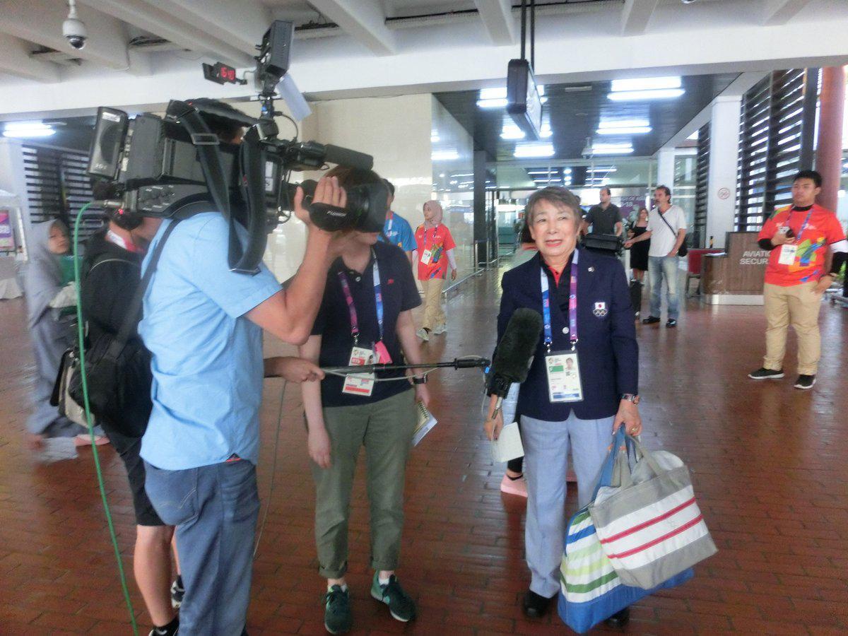 アジア競技大会、日本チーム最年長の中尾共栄選手(73) 日本のメディアも現地で取材