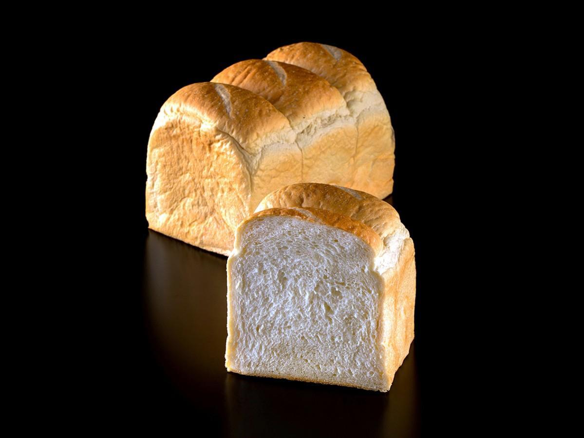 トースト専用食パン「極もち」