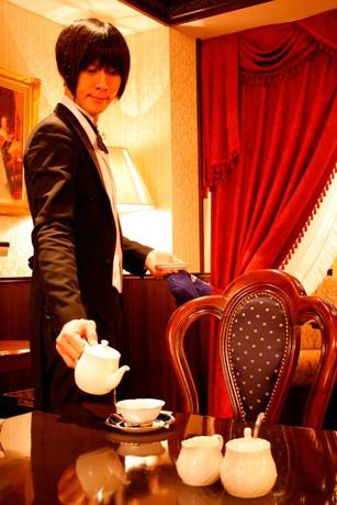 喫茶 スワロウテイル 執事