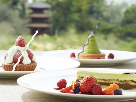 ホテル椿山荘東京のレストラン「ル・ジャルダン」のスイーツ