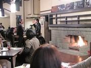 池袋の重要文化財・自由学園明日館で「コエドビールと暖炉を楽しむ夜」