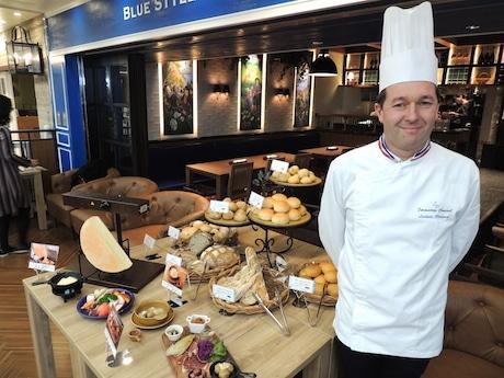 フランス国家最優秀職人章受賞のリシャール・リュドヴィックさんと同店のメニュー