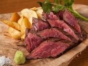 池袋に肉&ワインバル「ワインホールグラマー」 仕入れ値販売ワイン会員特典も