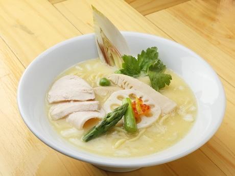 「鶏白湯SOBA」