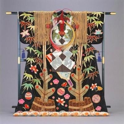 衣装を古典から新作まで幅広く展示(提供:松竹株式会社)