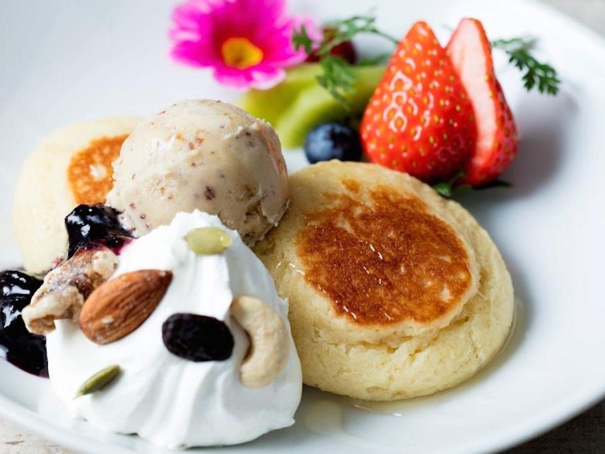 ヴィーガンレストラン「AIN SOPH.」のイベント限定「天上の VEGAN グルテンフリー パンケーキ