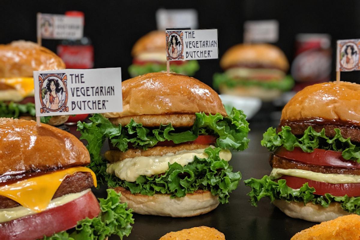 プラントベースミートを使ったハンバーガー