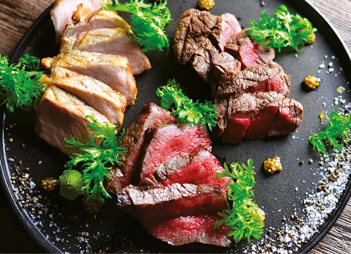 「美味しいお肉と創作料理 BATON」の肉料理