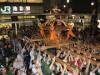 池袋「ふくろ祭り」で結婚式 50周年記念企画、まつり会場を式場に