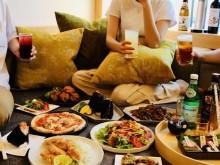 大塚のホテル「星野リゾート OMO5」で「夜通し居酒屋プラン」 部屋ではしご酒を