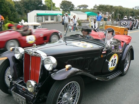 関西エリアで初となるクラシックカーの公道レース「La Festa Primavera2009」に堺正章さんや東儀秀樹さんらが参加。