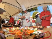 パエリア料理コンクール、志摩スペイン村で-優勝は相可高卒業生チーム