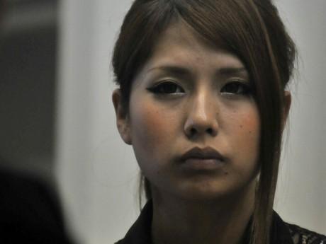 鳥羽の現役大学生・「あまちゃん」中川静香さん、ファッションモデルに転身?真剣な眼差しの中川さん、リハーサル中。