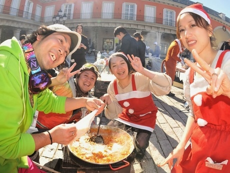 志摩スペイン村でパエリアコンクール-東京や大阪などから34チーム