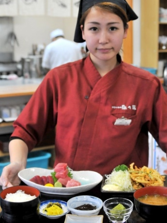 「伊勢まぐろ」料理充実の店-鳥羽磯部漁協直営レストラン「魚々味」