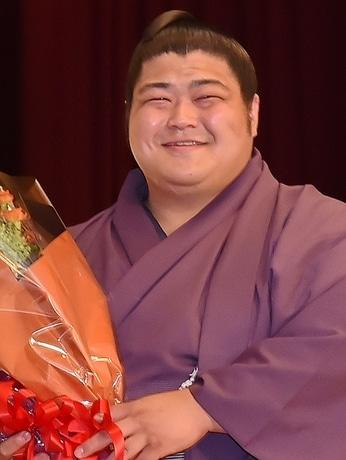 志摩市初の関取誕生「志摩ノ海」、地元で新十両昇進祝賀会に470人集める