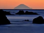 伊勢志摩からしか見ることができない「宙に浮く富士山」、初日の出と共に元旦に