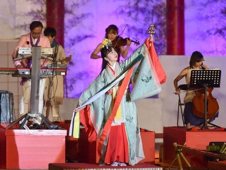 明和町出身の音楽家・長岡成貢さん、「斎王まつり」で斎王慕い魂の音楽奏でる