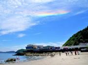 伊勢・二見興玉神社の竜宮社 祭典中に逆さ虹、珍しい「環水平アーク」出現