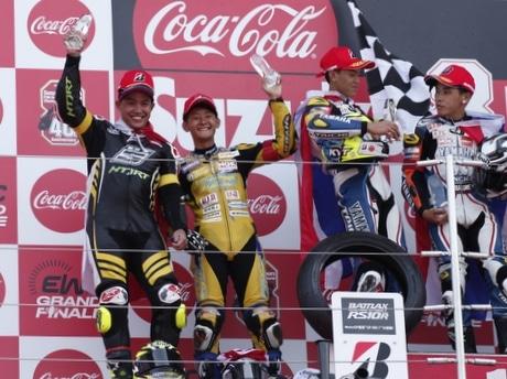 伊勢の「アケノスピード」、鈴鹿4時間耐久ロードレースで準優勝