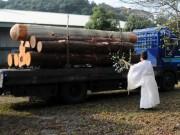 伊勢神宮山田工作場で「次の式年遷宮」の準備始まる 木曽で切られた材木届く