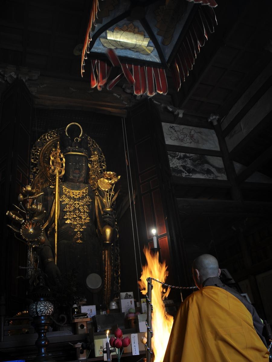 多気の「近長谷寺」で祭典 木造十一面観音立像開帳 台風21号の被害今も残る